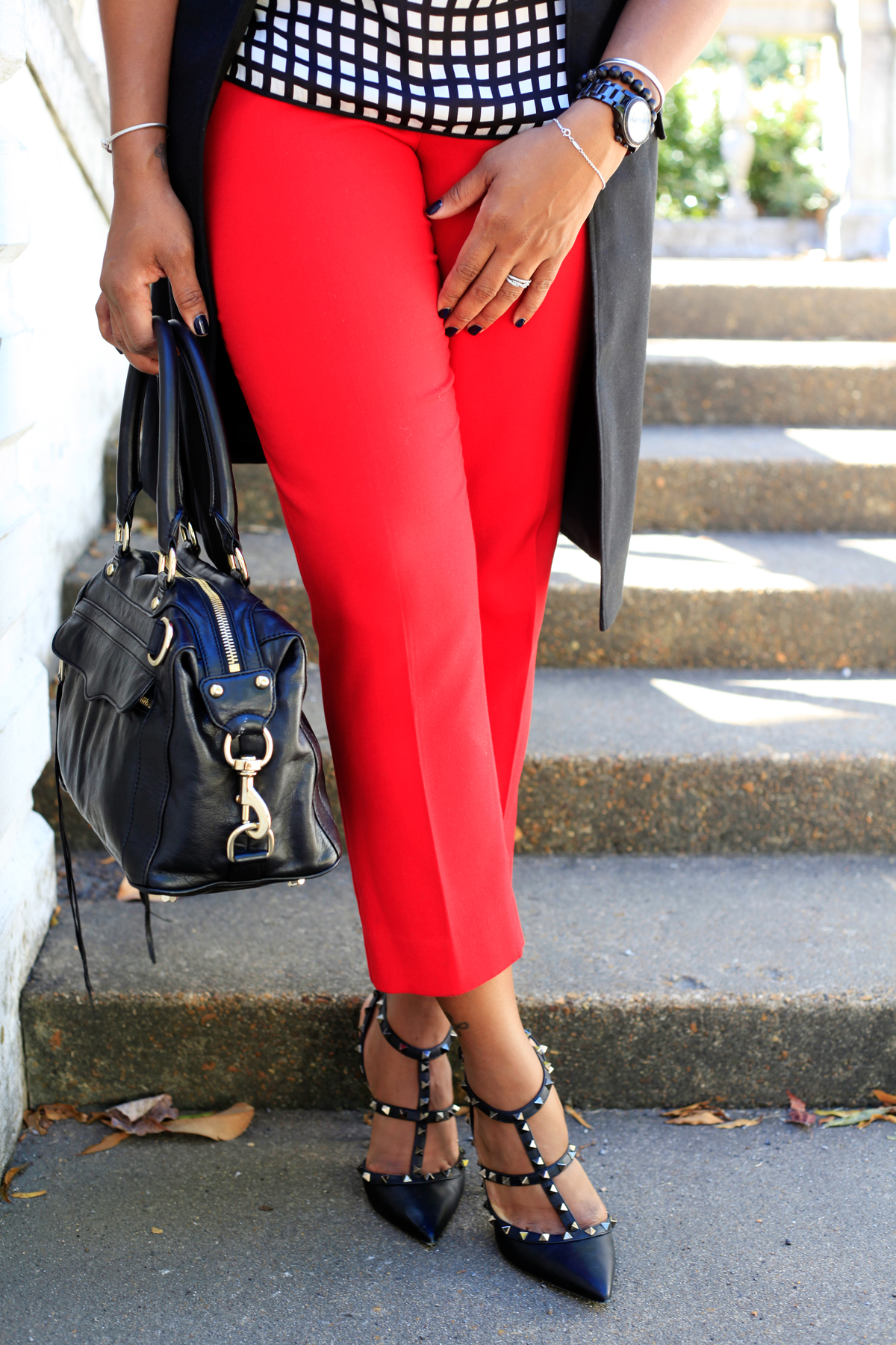 red-pants-black-vest5