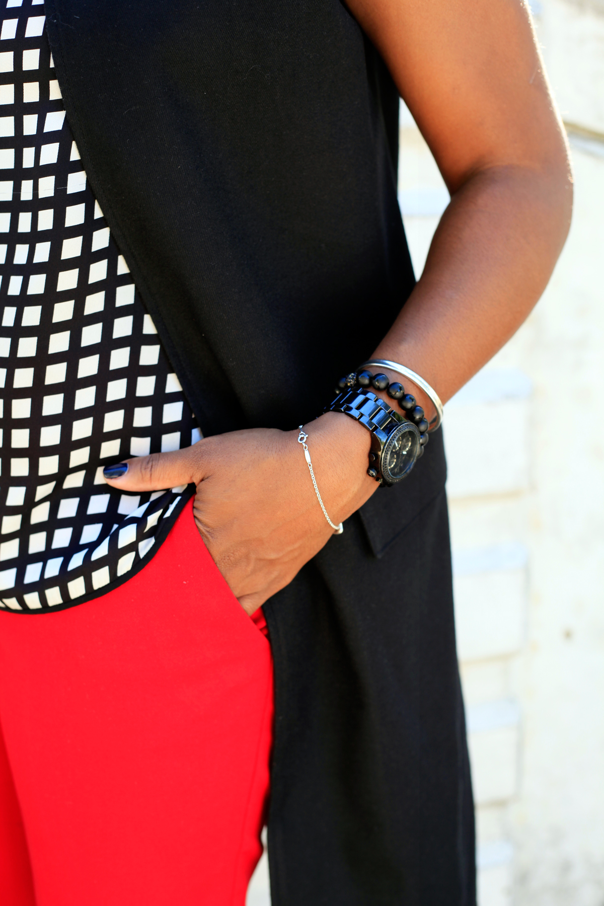 red-pants-black-vest7