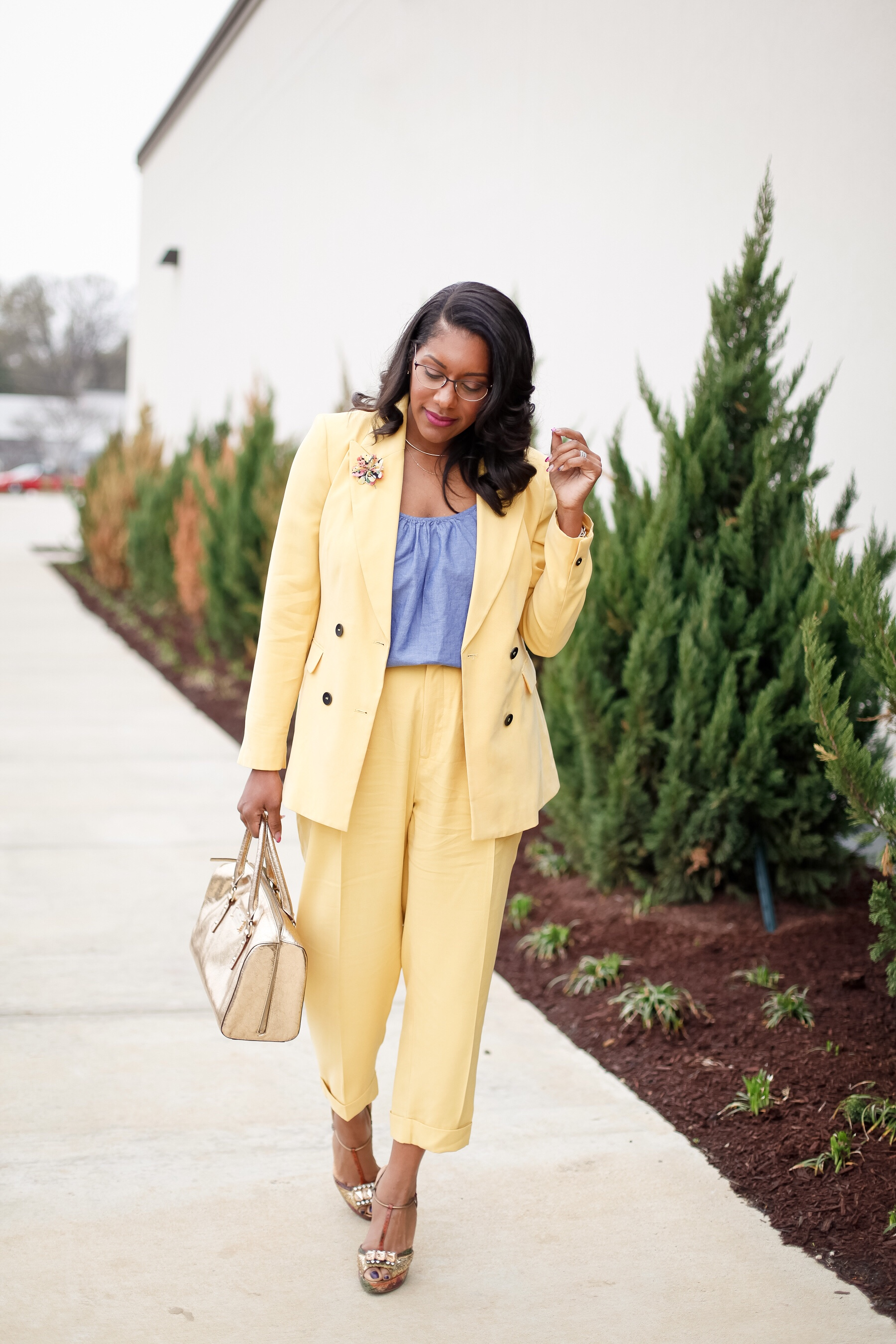 yellow-suit-chambray-top-5