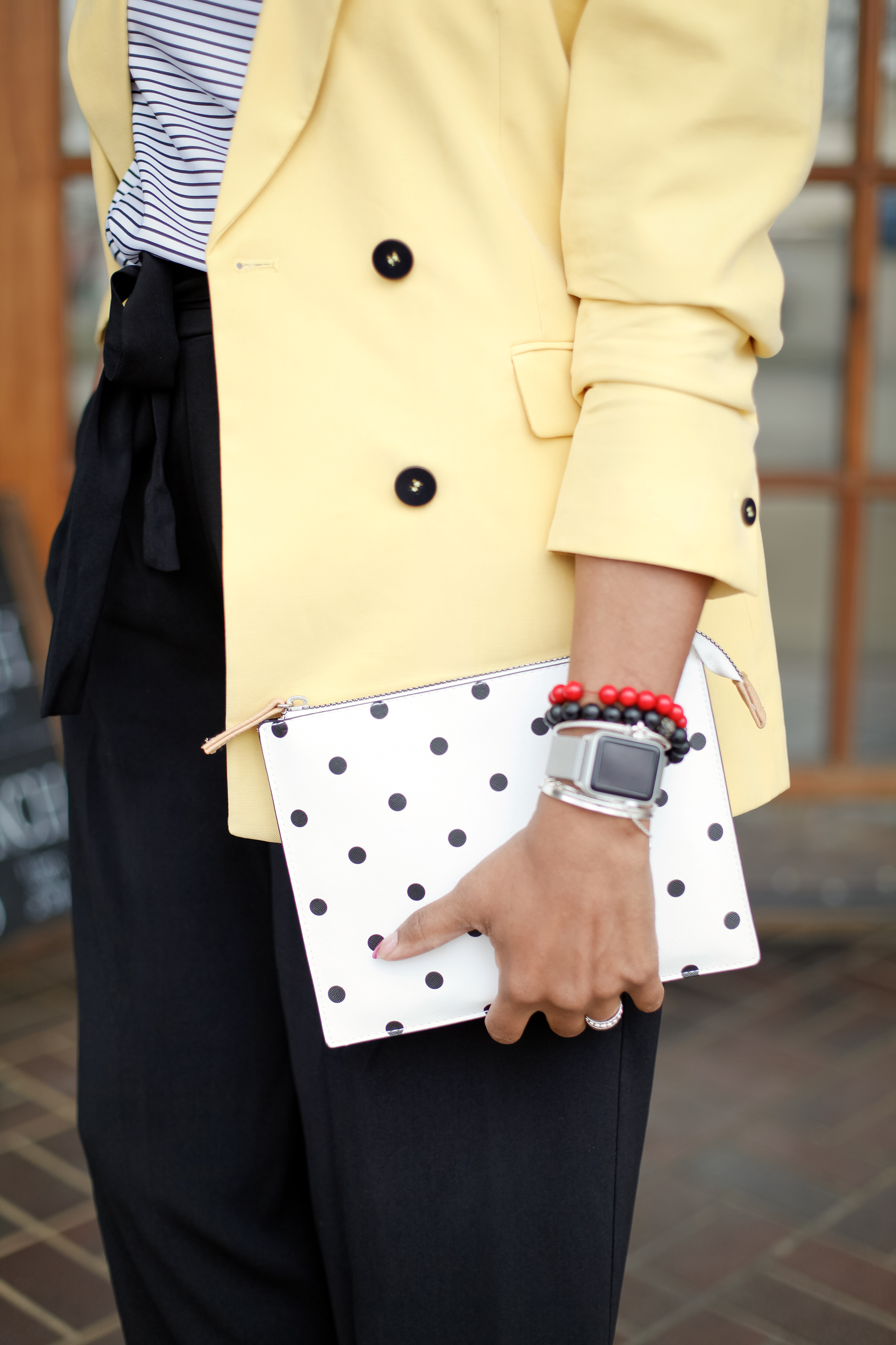 Yellow-Blazer-Black-Culottes-13