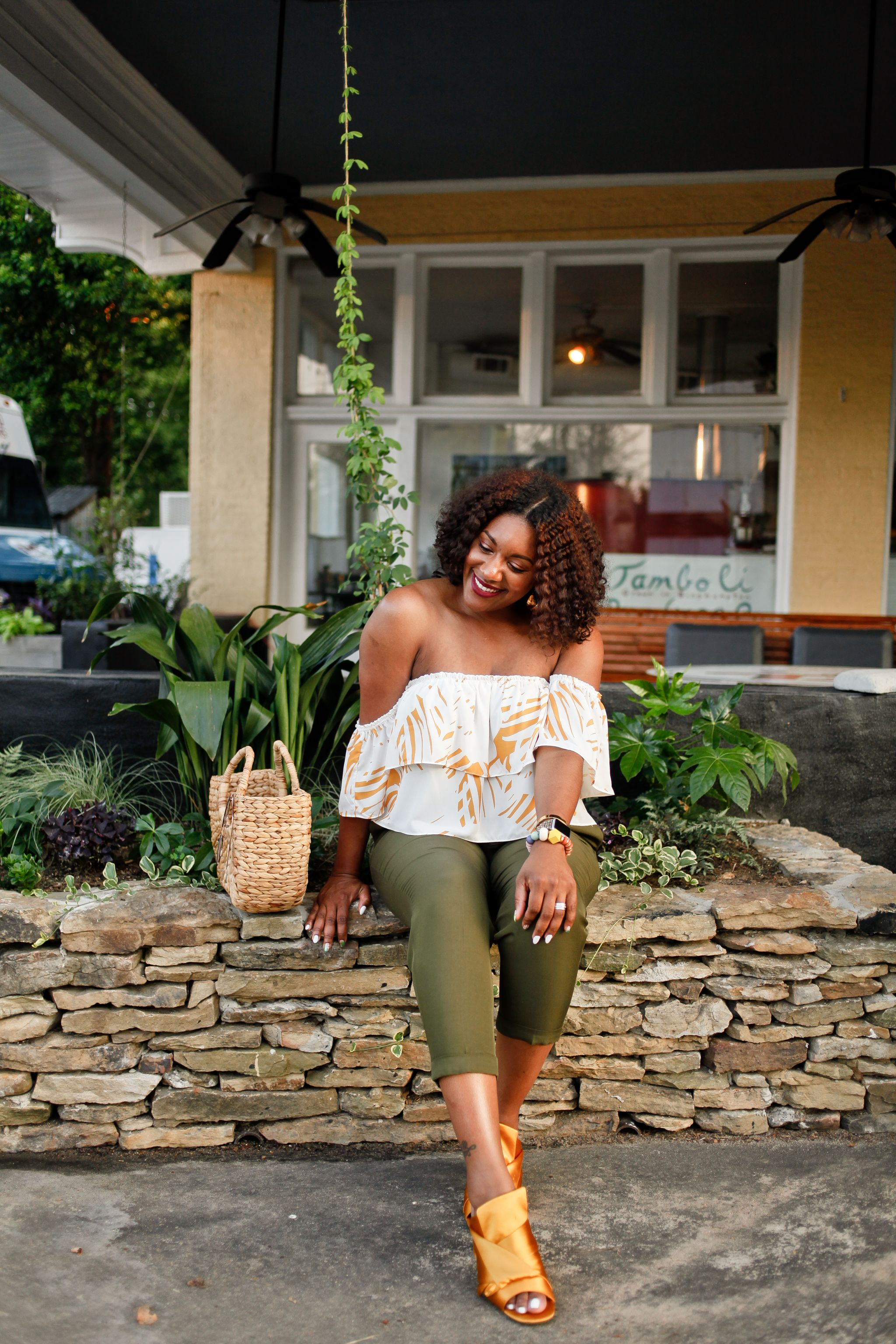 Off-the-shoulder-blouse-green-trouser-7