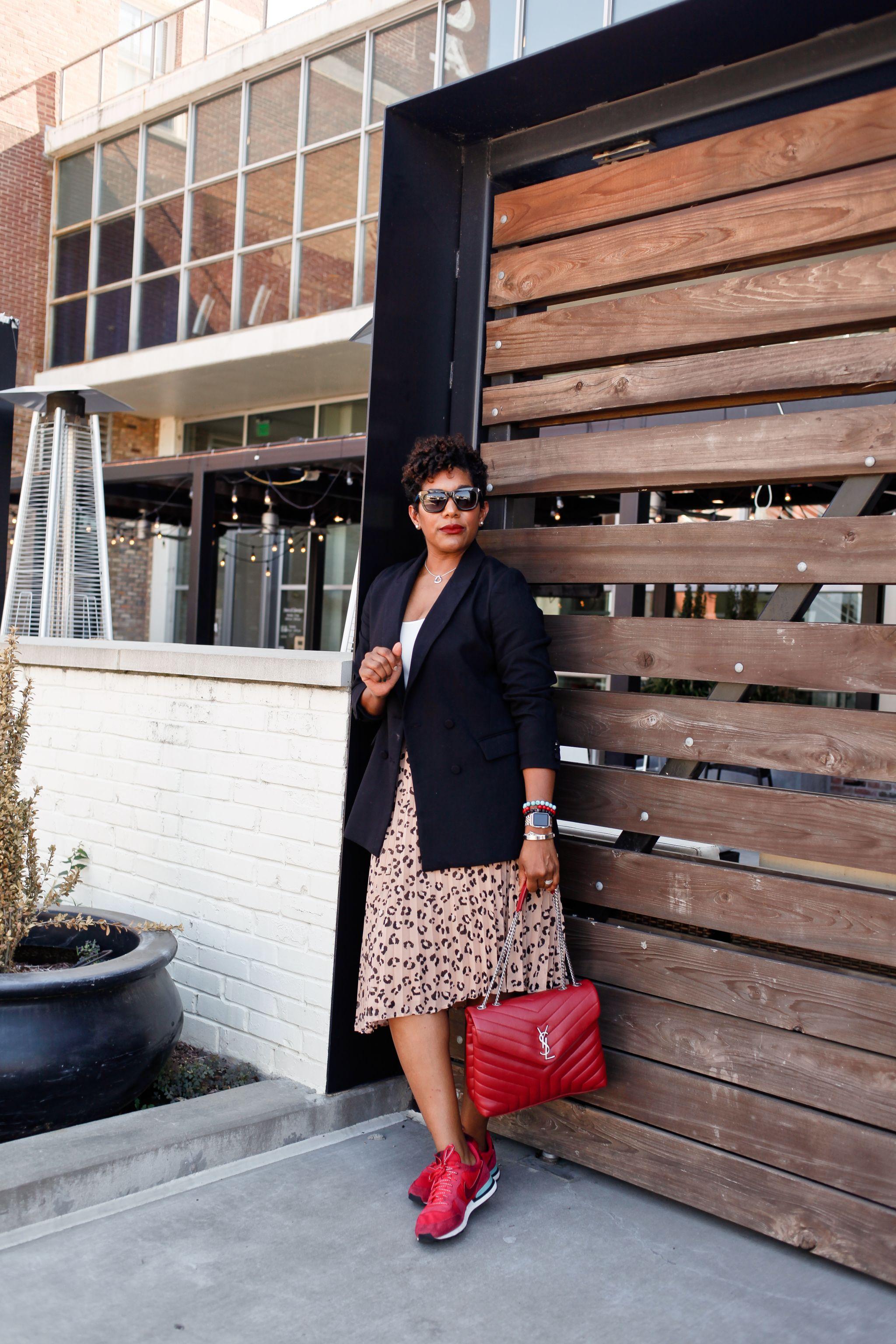 leopard-midi-skirt-sneakers-1