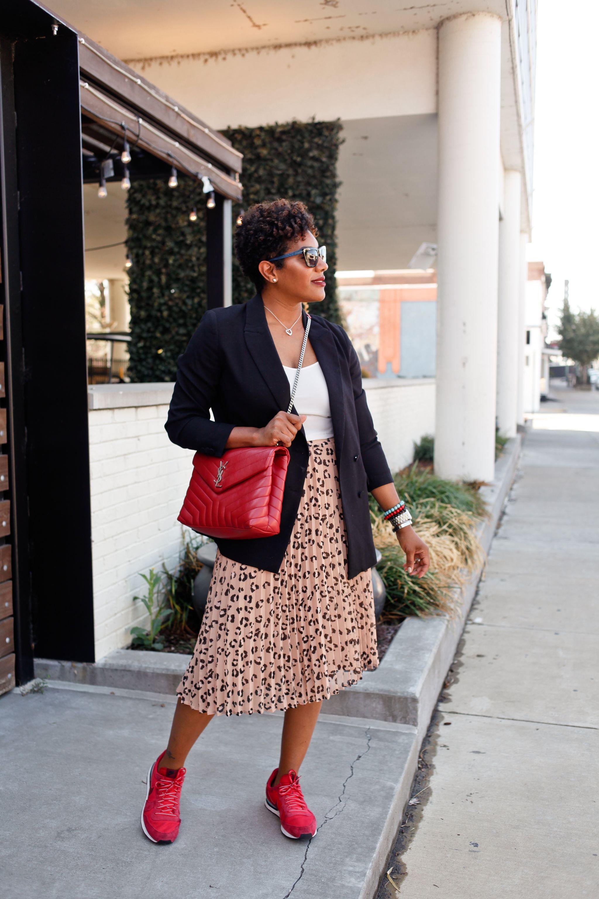 leopard-midi-skirt-sneakers-9